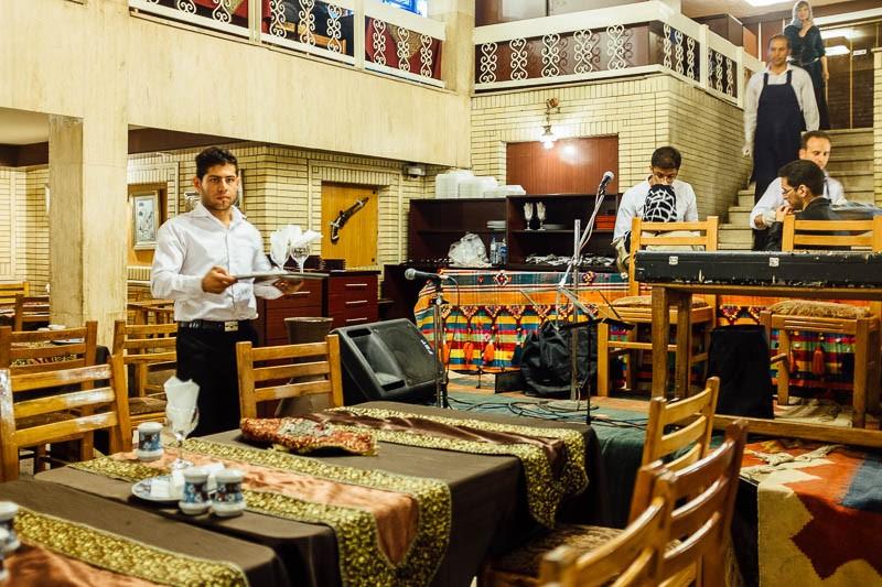 Restaurante tradicional Sharzeh